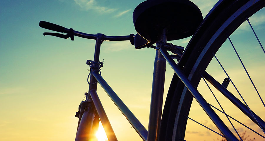 Fynda cyklar och tillbehör under Black Weekend